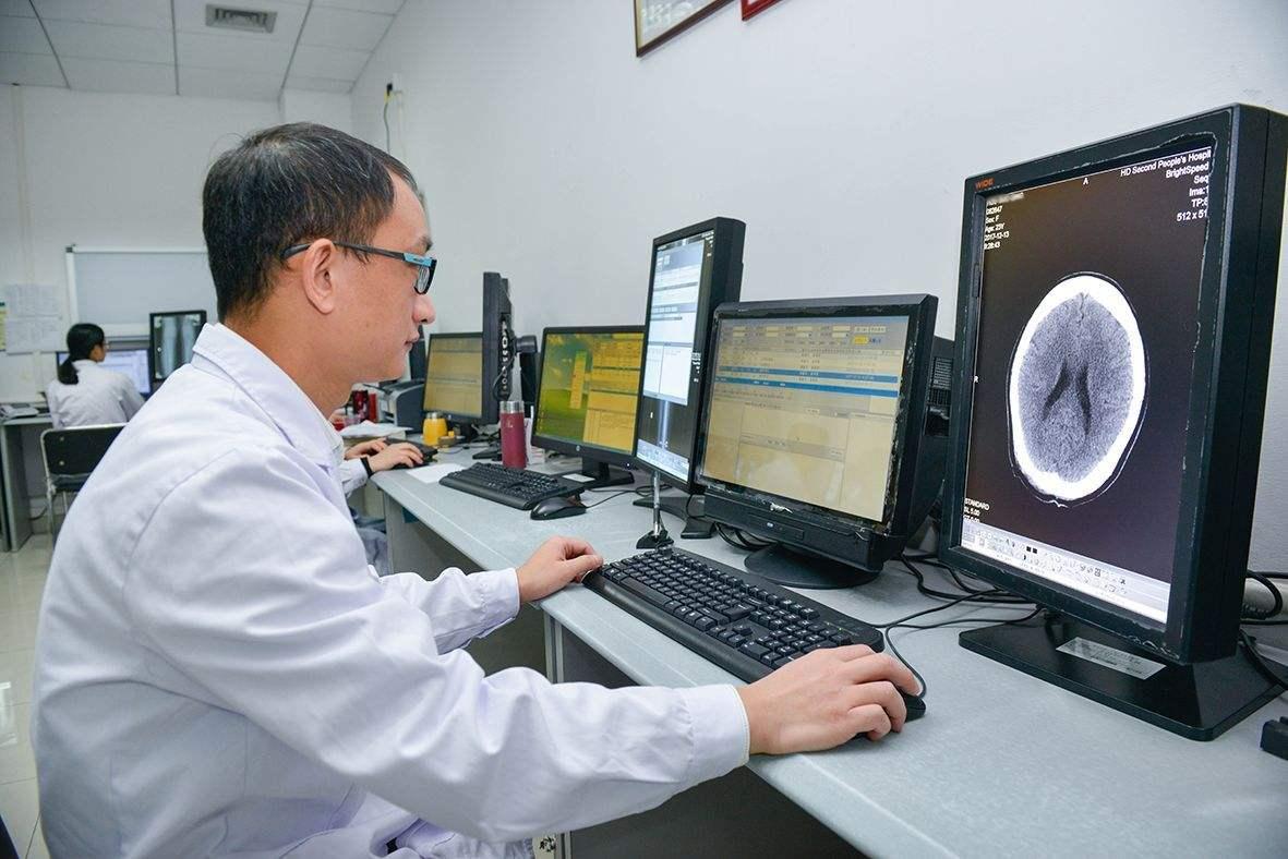 河南:有序恢复日常医疗服务和公共卫生工作