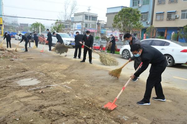 新野县法院:开展爱国卫生运动 助力疫情防控