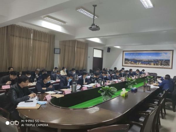 """河南省唐河县:安排部署 """"科技扶贫""""专项行动"""