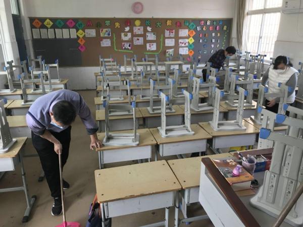 防疫有我,爱卫同行——郑州市管城区南关小学举行第32个爱国卫生月活动