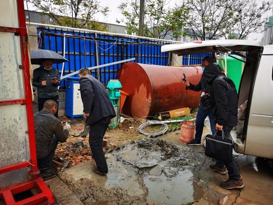 郑州市水政监察支队:顶风冒雨执法路 服务执法暖人心