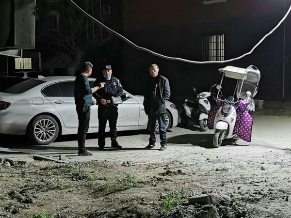 南阳油田公安局:供水管线不慎被挖断 民警快速处置解民忧