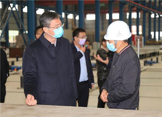 周口市委统战部长赵锡昌到沈丘县调研企业复工复产和脱贫攻坚工作