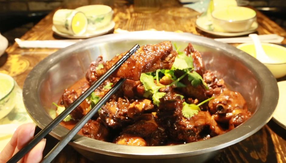 【郑州故事】为让老乡们尝到家乡味,小伙自费几万元回徐州学特色厨艺