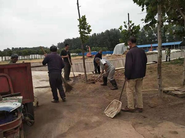 漯河市郾城区将贫困群众镶嵌到产业链上