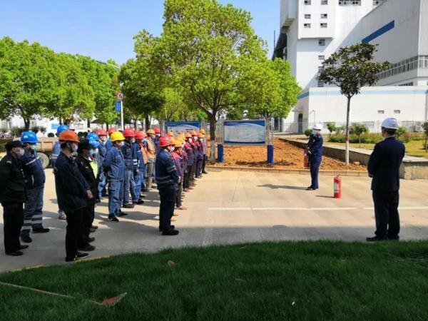 南阳消防救援支队为复工企业及单位开展员工消防安全培训