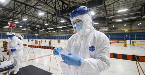 冰球馆变身病毒检测站 加拿大累计确诊41752例