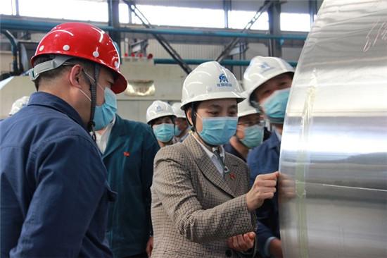 洛阳市委统战部长陈淑欣调研民营企业复工复产和优化营商环境工作