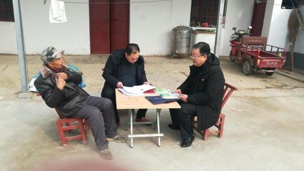 """唐河县这位第一书记用生命谱写""""战役长歌"""""""