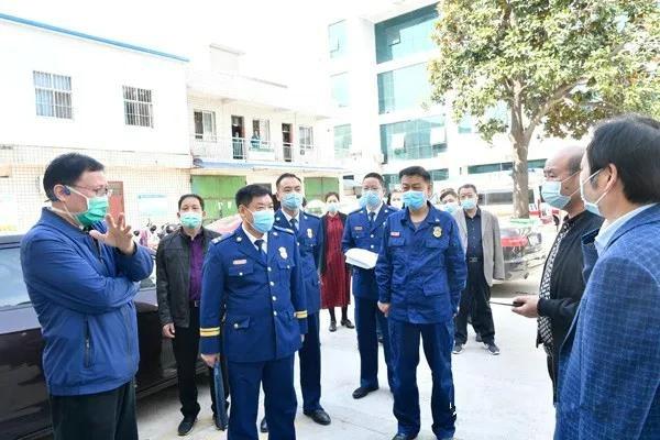 邓战磊支队长深入南阳市中心医院进行指导服务