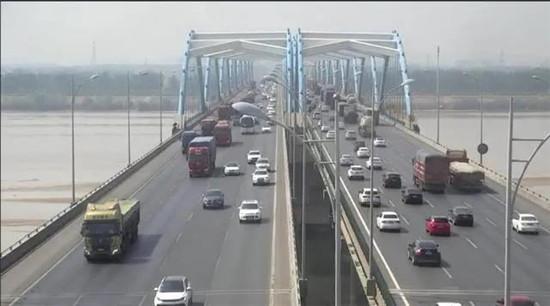 全国高速公路5月6日零时起收费 零时之前上路仍然免费