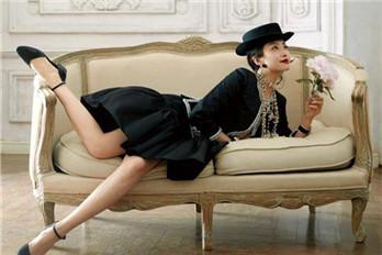 宋茜演绎复古法式宫廷风造型 浪漫典雅华丽登场