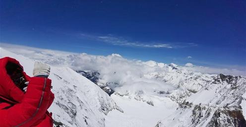 至珠峰峰顶攀登路线未修通 将等待天气窗口