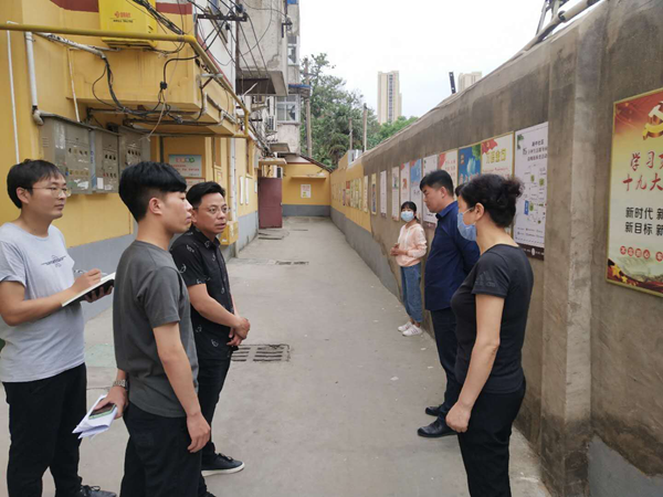 """漯河城管用""""红色钥匙""""解锁""""三无""""小区治理难题"""