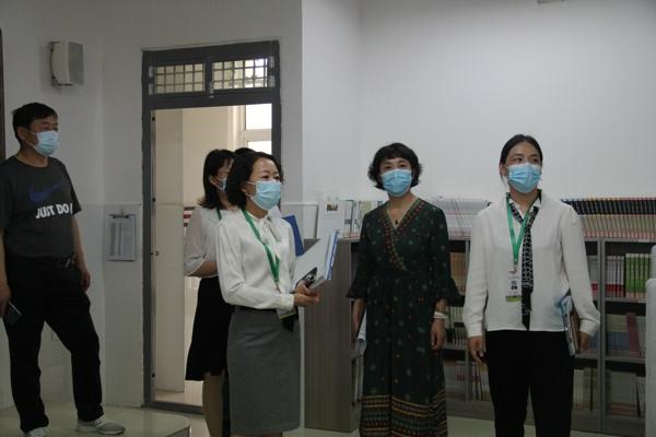 郑州市高新区外国语小学迎接市专项督导组办学条件核查