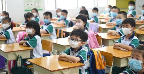 广州:小学低年级学生正式开学复课