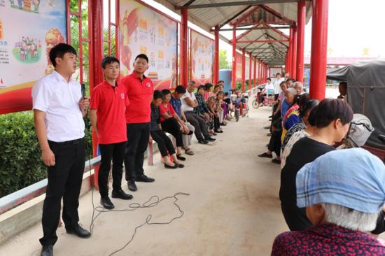 河南省太康牧原农牧公司:免费沼液还田,助力村民减投增收