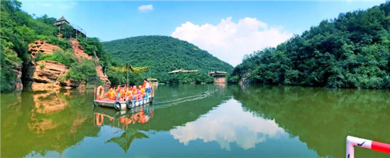耍水、狂嗨、避暑,这才是夏天该有的模样,来龙潭大峡谷 清凉一夏