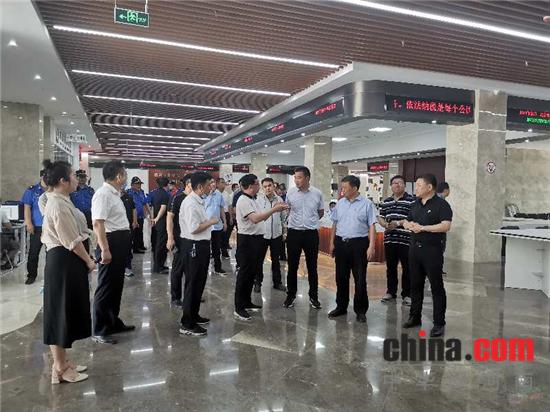 汝南县县委常委、宣传部长赖学争率队到平舆学习考察文明城市创建工作