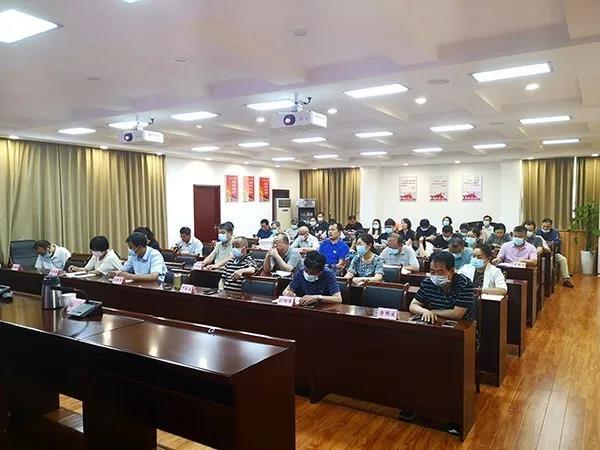 郑州市委统战部对机关工作人员进行年度考核