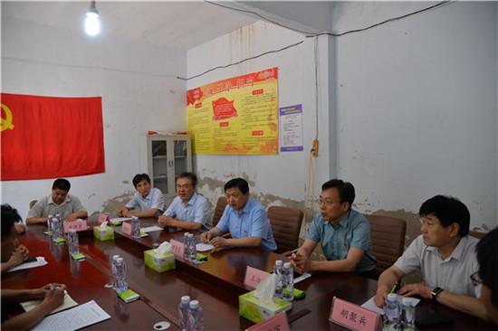 濮阳市委统战部长黄旭东到濮阳县调研统战和扶贫工作
