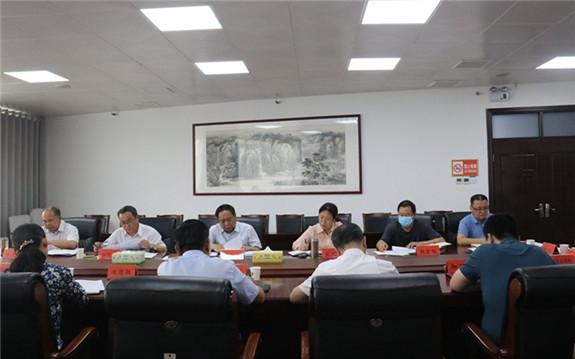 鹤壁市委统战部学习传达全国两会精神