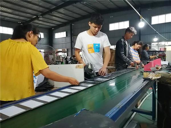 唐河县黑龙镇:就业扶贫托起满满的幸福