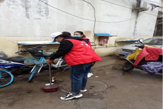为创卫献力 郑州市丰乐社区开展卫生整治及消防安全排查志愿活动