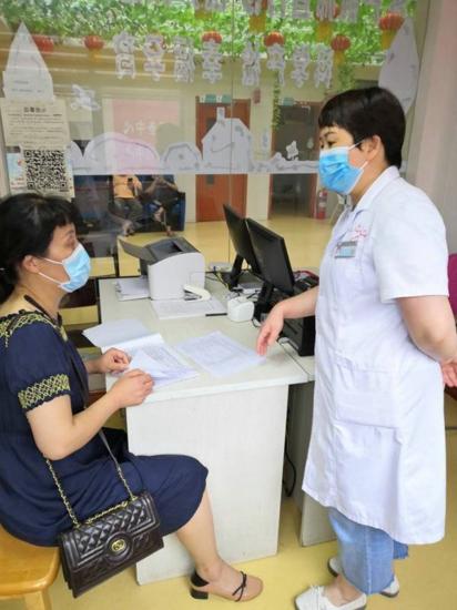 驻马店市医学专家组莅临汝南县妇幼保健院督导民生实事项目