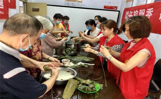 郑州新同乐社区:诵经典诗词,弘端午文化,扬爱国之情