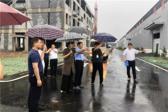 【阳光正阳】正阳县领导观摩指导县重点项目建设进展情况