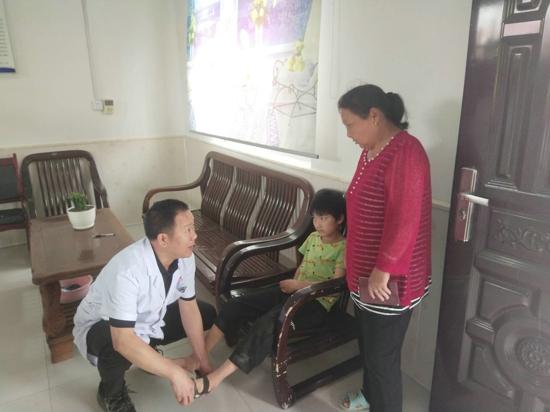 汝南县残联对贫困肢体残疾儿童免费矫治手术筛查