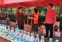 太康县应急管理局:为志愿者和陪考家长送湿巾、遮阳伞降暑