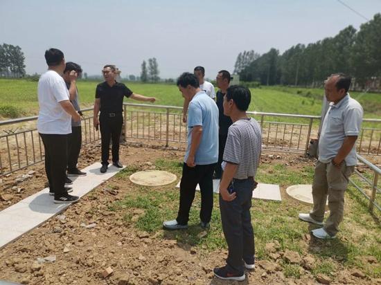 遂平县石寨铺镇:学习交流共进步 促进厕所改造民生工程
