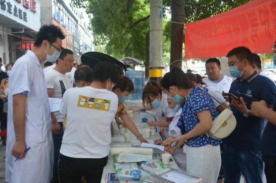 汝南县妇幼保健院开展护胃健康免费检测义诊活动