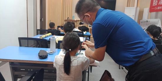 书法之韵 翰墨留香 ——郑州市工人新村社区青少年软笔书法小组开课啦