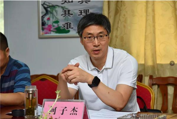 南阳广播电视台到卧龙区调研市区两级融媒体中心合作共建工作