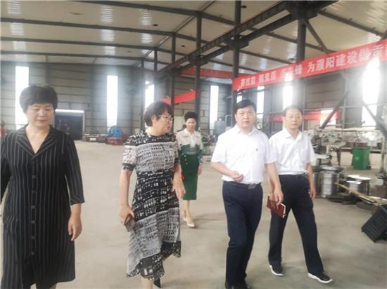 濮阳市委统战部长黄旭东开展同民营经济代表人士谈心活动