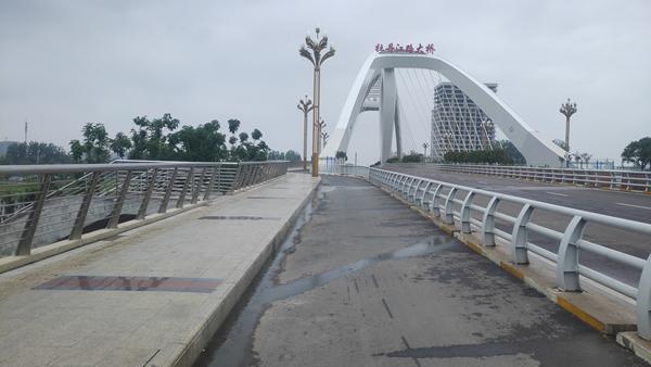 桥上人走过不见旧颜色——漯河牡丹江路网红桥三变