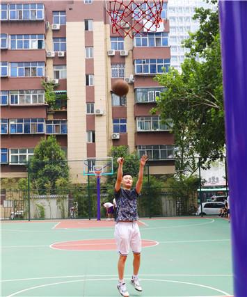 """【郑在蝶变】化纤厂小区:让群众感受到""""家""""的舒适"""