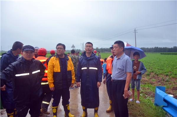 河南省油田消防保卫中心成功救援63名被洪水围困群众获赞誉