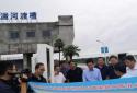 河南邓州市委副书记、市长冒雨检查督导防汛工作