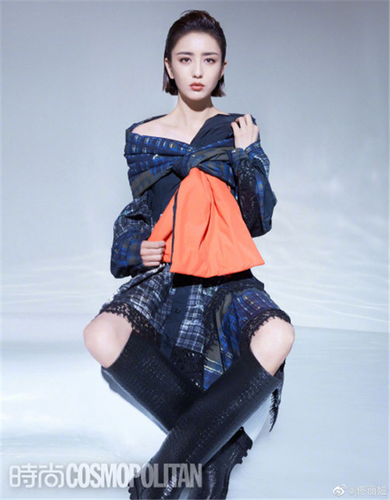佟丽娅背头造型超A 时装风格利落干练