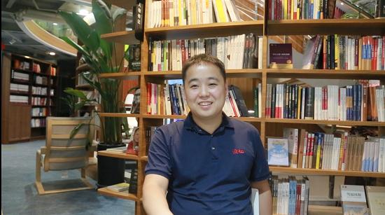 【郑州故事】杨铎:开办郑州首家24h经管类图书馆