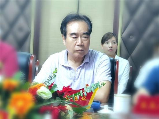 河南省品牌促进会副会长单位授牌仪式暨敏涵服装品牌发展战略研讨会在商丘举行