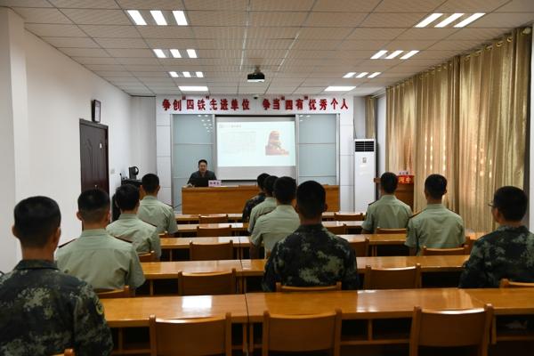 唐河县法院:《民法典》进军营 携手共筑强军梦