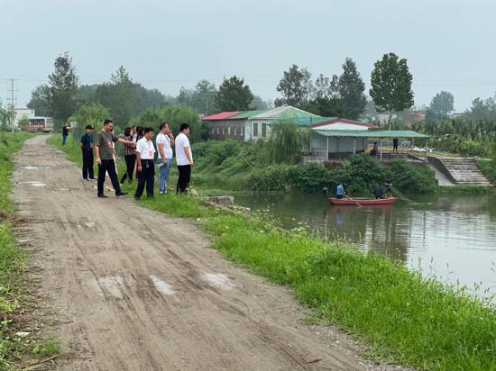 汝南县梁祝镇人大代表监督检查儿童防溺水工作