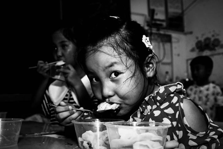 """吃水饺的""""大眼睛"""""""