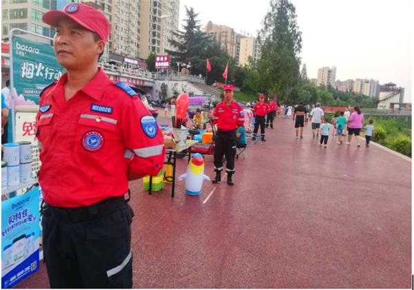 内乡县城关镇:全域党建强力护航夜市经济发展结硕果