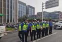 郑州市石佛办事处联合高新区交通治理中队开展共享单车集中整治行动